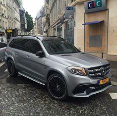 GLS63 AMG via @spotterfromparis . ⠀⠀⠀⠀⠀⠀⠀⠀⠀⠀⠀⠀⠀⠀⠀⠀⠀⠀⠀⠀⠀⠀⠀⠀⠀⠀⠀⠀⠀ #MercedesBenz #MercedesAMG #Mercedes #GLSclass #GLS63 #GLS63AMG #GL63 #GL63AMG #V8 #Biturbo #Affalterbach #Paris #France #DrivingPerformance