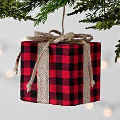 buffalo check ornament gift guide christmas tree inspo tartan christmas black christmas diy