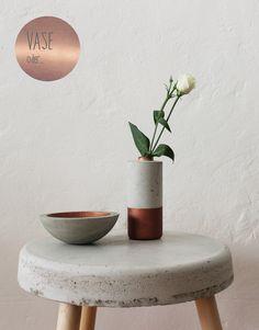Vase bzw. Kerzenständer aus Beton mit Kupferlackierung im Set.  * Das Kupferrohr hat den Durchmesser für normale Stabkerzen. So kann die Vase auch als Kerzenständer verwendet werden *