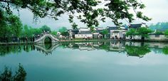 Xidi Village enjoys superior location and convenient transportation, which is 8 kilometers far from Yixian County, 52 kilometers from Huangshan Railway Station, 50 kilometers from Huangshan Airport and 43 kilometers from the southern gate of Huangshan Scenic Area. These favorable conditions bring much convenience for travelers. Xidi is abundant in tourist resources, which is a sparkling pearl embedded on Huangshan travel. If you want to discover the ancient Chinese imperial architecture…