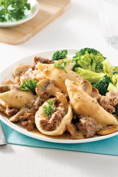 Pasta Recipes, Keto Recipes, Chop Suey, Good Food, Yummy Food, Pasta Noodles, Meal Prep, Easy Meals, Favorite Recipes