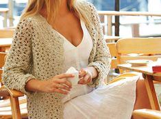 Diese Häkeljacke im Muschelmuster lässt sich perfekt zu deinem Style kombinieren, oder sie verleitet dich zu ganz neuen Bekleidungsstilen.