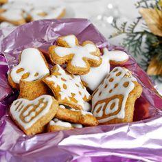 Fitness zdravé dýňové perníčky - vánoční cukroví recept Bajola Holiday Time, Christmas Baking, Waffles, French Toast, Breakfast, Recipes, Food, Morning Coffee, Recipies