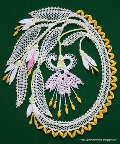 Bobbin Lace Patterns, Crochet Doily Patterns, Quilling Patterns, Crochet Motif, Irish Crochet, Bobbin Lacemaking, Victorian Lace, Point Lace, Hand Embroidery Stitches