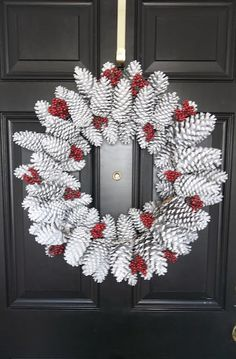 Vintage, Paint and more...: Pinecone Wreath. I want to make this!! Beautiful