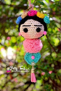 CROCHET FRIDA KAHLO