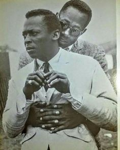 Miles Davis and Charlie Rouse Jazz Players, Vintage Black Glamour, Vintage Style, I Dream Of Jeannie, Kind Of Blue, Amusement Park Rides, Black History Facts, Miles Davis, Jazz Musicians