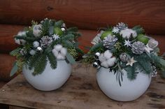 Winter inspired centerpieces in round containers Christmas Flower Decorations, Christmas Flower Arrangements, Christmas Flowers, Christmas Centerpieces, All Things Christmas, Christmas Holidays, Christmas Wreaths, Christmas Crafts, Christmas Ornaments