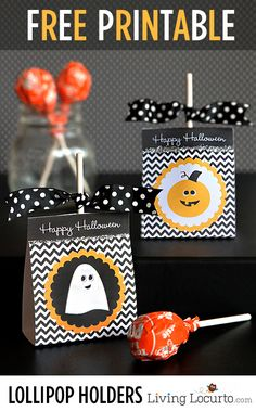 I love these Free Printable Halloween Lollipop Holders! Perfect for party favors. LivingLocurto.com