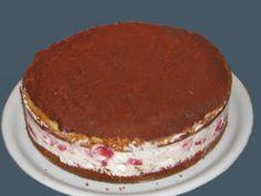Receita Sobremesa : Bolo esponja victoria com cobertura de chocolate, e recheio de morangos e natas de Rcandeias
