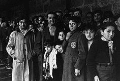 Photographie de propagande intitulée « La vie au camp de Drancy en 1942