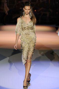 Zac Posen RTW S/S 2009.  Model - Karlie Kloss.