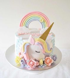 Unicorn meets delicious dessert - Page 8 of 46 - Torten - Cupcakes Fondant Cakes, Cupcake Cakes, Rodjendanske Torte, Unicorn Themed Birthday, 5th Birthday, Pony Cake, Girl Cakes, Savoury Cake, Cute Cakes