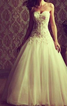 wedding dress with sleeve totally dream dress Wedding Wishes, Wedding Bells, Dream Wedding Dresses, Wedding Gowns, Tulle Wedding, Wedding Bride, Dream Dress, Perfect Wedding, Just In Case