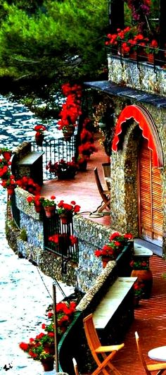 Fabulous space ~ Travelling - Liguria, Italy
