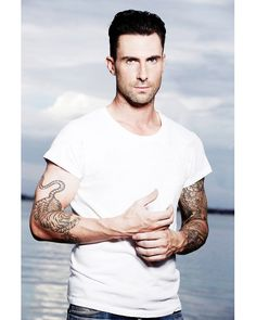 ouradamlevine:    126 of ∞ pictures that prove that Adam Levine is hot af