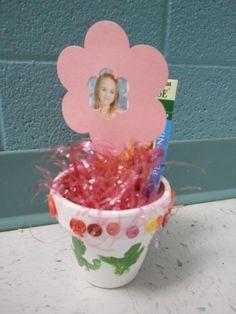 Preschool Crafts - photo flower pot
