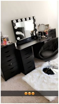 Has IKEA alex drawers and linnmon table top. Has IKEA alex drawers and linnmon table top. by allyson Eyelashes Tips Styles Tutorial 2019 Eyelashes ideas Tips a. Cute Bedroom Ideas, Cute Room Decor, Room Ideas Bedroom, Bedroom Decor, Black Room Decor, Diy Room Ideas, Ikea Ideas, Bedroom Black, Vanity Makeup Rooms