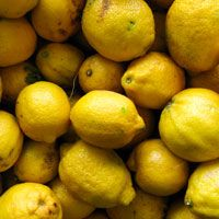 met citroen kun je geheime briefjes schrijven