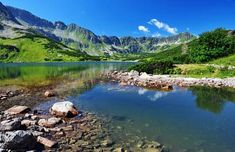 Výsledok vyhľadávania obrázkov pre dopyt fototapeta tatry Mountain Wallpaper, Golf Courses, Mountains, Water, Freedom, Posters, Travel, Wallpapers, Outdoor