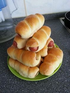 Pastry Recipes, Bread Recipes, Vegan Recipes, Cooking Recipes, Bread Man, Hot Dog Buns, Catering, Food And Drink, Dinner