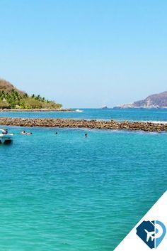 Ixtapa-Zihuatanejo, son dos destinos de playa que están separados por un poco más de 6 kilómetros y se ofrecen al turismo de forma conjunta, ya que se combina la pintoresca y tradicional aldea de pescadores con el contraste del moderno sitio turístico con la infraestructura hotelera de gran prestigio como lo es Ixtapa