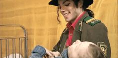 He's sooo sweet!!! He always loved babies and all children of the world ღ https://pt.pinterest.com/carlamartinsmj/