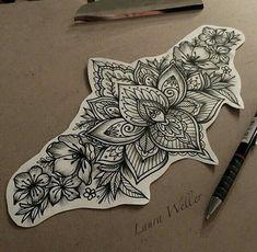Laura Weller tattoos