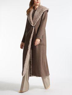 Max Mara Cashmere and Shearling Coat Winter Coats Women, Coats For Women, Clothes For Women, Iranian Women Fashion, Cashmere Coat, Shearling Coat, Brown Fashion, Work Attire, Fall Dresses