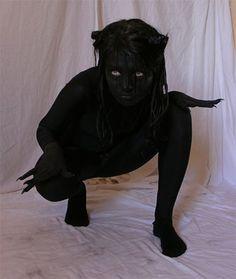 Unique-Yet-Scary-Halloween-Costume-Ideas-2013-2014-For-Girls-Women-2.jpg 350×415 pixels
