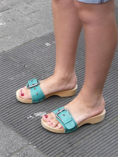 Wooden Sandals, Summer Sandals, Birkenstock, Heeled Mules, Clogs, Flip Flops, High Heels, Pure Products, How To Wear