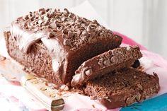 Κέικ σοκολάτας με ινδοκάρυδο, σταγόνες σοκολάτας και σοκολατένιο γλάσο