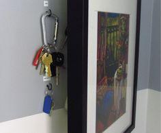 key-holder_ajar