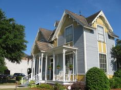Tennessee Williams' Birthplace -  Columbus, Mississippi