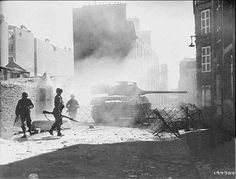 A US M18 Hellcat in the streets of Brest in September 1944.