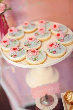 hand painted cookies wedding favors