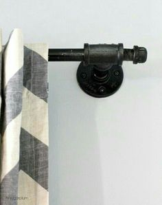 Cast Iron Display Rod ~
