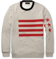 Pasión por su bandera. Hasta en los jerseys aparece el símbolo estadounidense, ¿qué os parece?