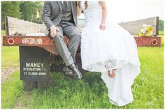 A beautiful country-styled wedding. Minneapolis photographer Anna Grinets Photography