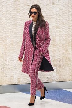 Victoria Beckham Style #celebritystyle #victoriabeckham #celebrityfashion