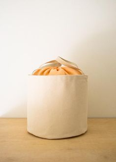 DIY: drawsting bucket tote