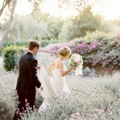 So many ways to infuse lavender into your big day!