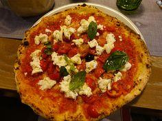 Existe coisa melhor que pizza? A genuína italiana então …