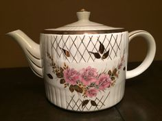 ellgreave teapot made in england by wood & sons