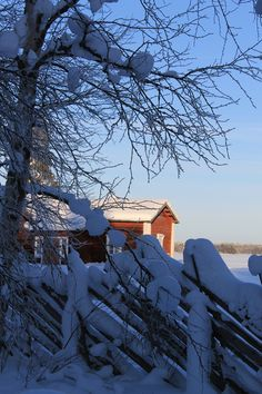 Taivalkoski, Kalle Päätalon kotimaisemissa Country Farm, Country Life, Winter Snow, Winter Christmas, Farms Living, Winter Beauty, Scandinavian Home, Farm Life, Barns