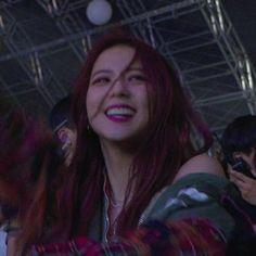 credit @jsoos #blackpink #jisoo Aesthetic Photo, Aesthetic Girl, Aesthetic Images, Blackpink Jisoo, My Girl, Cool Girl, Anime Girl Hot, Cute Baby Videos, Black Pink Kpop