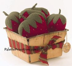 BASKET OF STRAWBERRIES PINCUSHION E-PATTERN/INSTANT DOWNLOAD This easy woolfelt strawberry pattern can be used in a lot of ways! Use the basket
