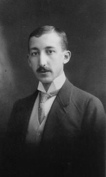 Click the pic for the story titled: Dissolve My Nobel Prize! (A True Story) (Pictured: George de Hevesy, chemist and Nobel Laureate. Ap World History, World War Ii, Nobel Prize In Chemistry, Nobel Prize Winners, Person Of Interest, Physicist, Historical Photos, True Stories, Wwii
