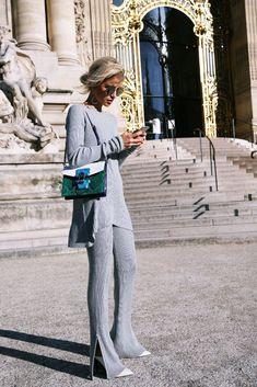 Caro Daur in a grey two piece Look Fashion, Daily Fashion, Spring Fashion, Fashion Outfits, Grey Fashion, Casual Chic, Outfits Casual, Grey Outfit, Street Chic