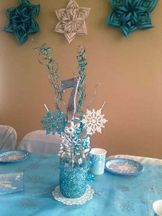 Frozen (Disney) Birthday Party Ideas Pamela G's Birthday / Frozen (Disney) - Photo Gallery at Catch My Party Frozen Themed Birthday Party, Disney Frozen Birthday, 4th Birthday Parties, Birthday Party Decorations, Frozen Disney, Frozen Birthday Centerpieces, 3rd Birthday, Snowflake Centerpieces, Turtle Birthday